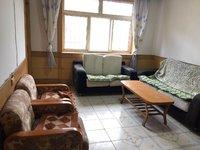 金属小区4室3厅2卫160平米住宅出租