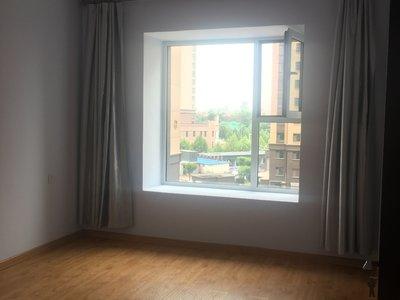 沁馨苑3室2廳1衛123平米住宅出租