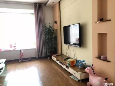 红星东街怡凤小区精装三室首租看房方便随时联系