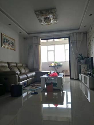 欣泽源小区、55万、精装三室、大产权、可贷款、中间楼层、