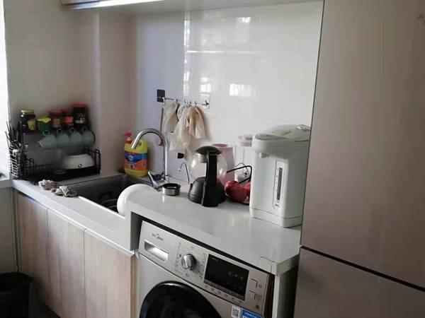 绿映小区两室一厅一卫63平米住宅出售