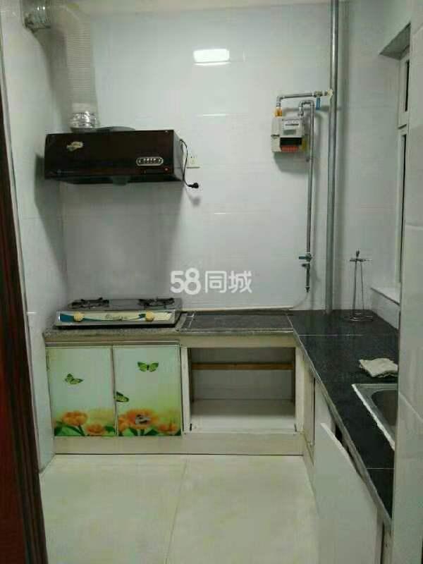 鼎秀華城2室2廳1衛90平米1100住宅出租