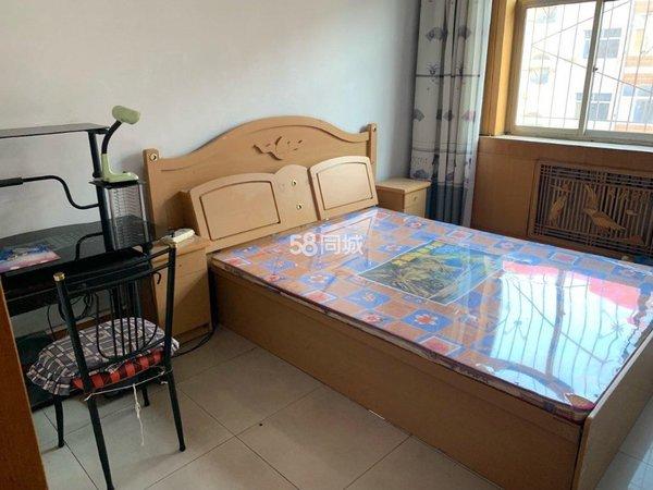 凤庆小区3室1厅1卫90平米住宅出租