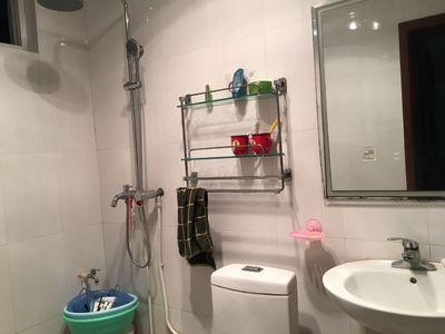 吐月公司小区三室两厅一卫85平米住宅出售
