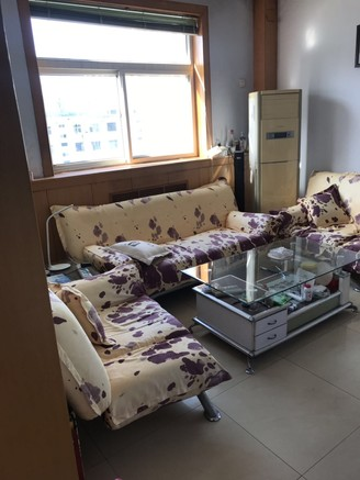 宏圣北區三室一廳一衛75平米住宅出售