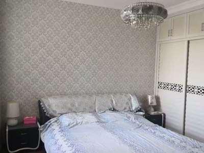 龙泽苑3室2厅1卫139平米住宅出售