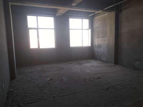 龙度华府4室2厅2卫159平米住宅出售