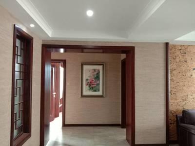 夏威夷小区4室2厅2卫203平米住宅出售