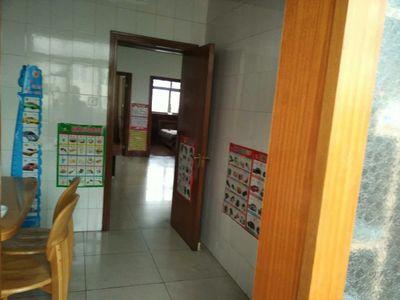 华西小区3室2厅1卫122.6平米房屋出售