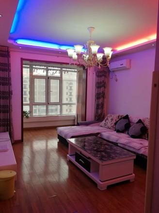 开发区 桂名园 100平米 三居室 精装 全款68.5万