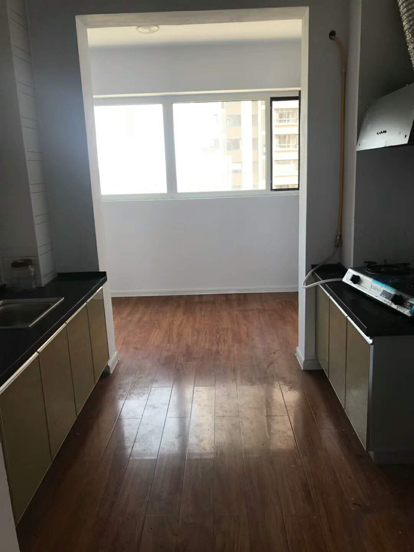 鸿禧山庄3室2厅2卫128平米住宅出租