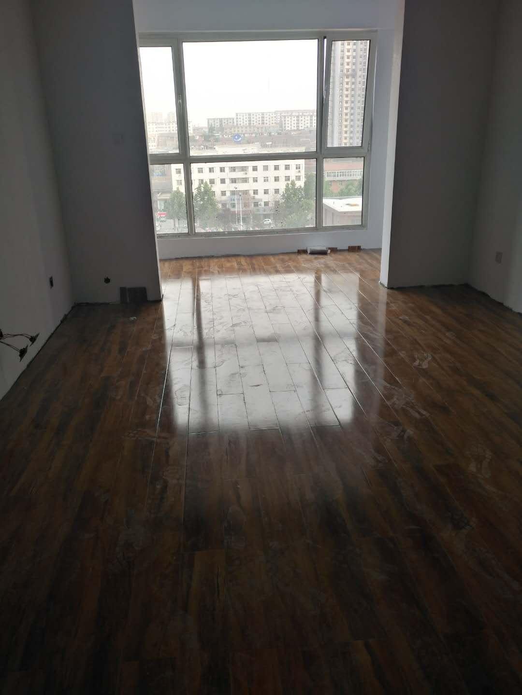文华園2室1厅1卫102平米住宅出租