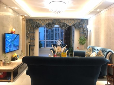 铭基凤凰城豪装房大降价原价145万现价140万直降5万大洋,带家具家电,带车位。