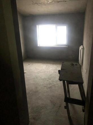 硕阳光电三室两厅一卫102平米住宅出售