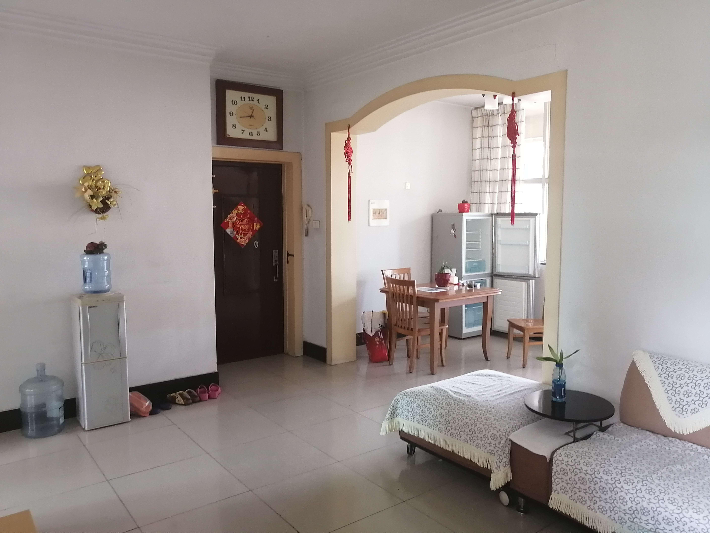 华森小区A区3室2厅1卫94平米住宅出租