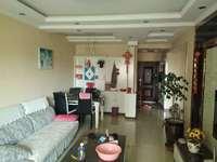 龍度華府兩室兩廳一衛89平米住宅出售