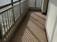 夏威夷小區4室2廳2衛204平米住宅出售