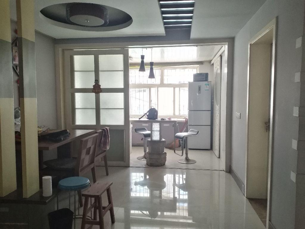 白水東街南翠小區 溫馨三室 精裝修 南北通透 隨時看房 拎包入住