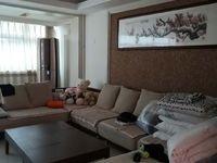 出售凤鸣小区4室2厅2卫175平米180万住宅,可以贷款,二楼