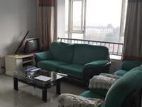 峰景香槟蓝山三室两厅一卫100平米住宅出租