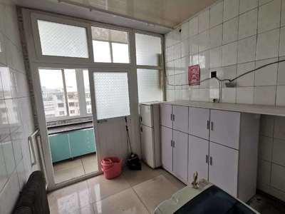 山西三建小區兩室一廳一衛89平米住宅出租