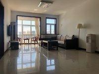 白云社區3室2廳1衛140平米住宅出租