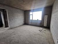 出售玉龙湾公馆125平三室 有本可贷款